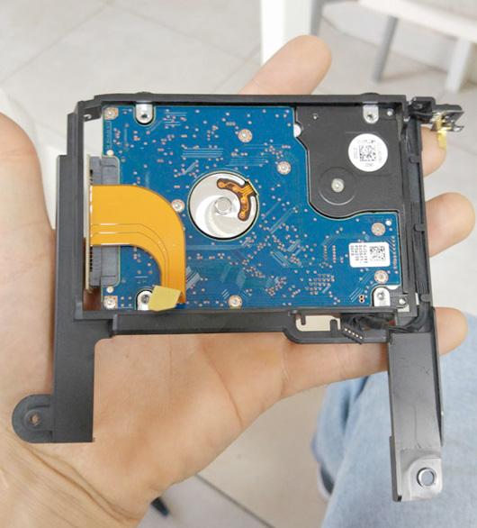 חיבור כונן קשיח SSD במק מיני